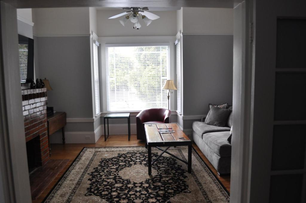 Apartment spacious 2 bedroom edwardian flat san francisco - Two bedroom apartments san francisco ...