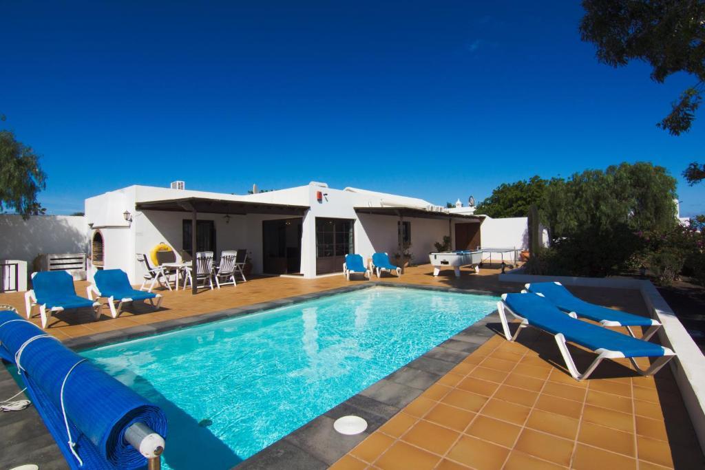 Villa Corona (Spanje Puerto del Carmen) - Booking.com