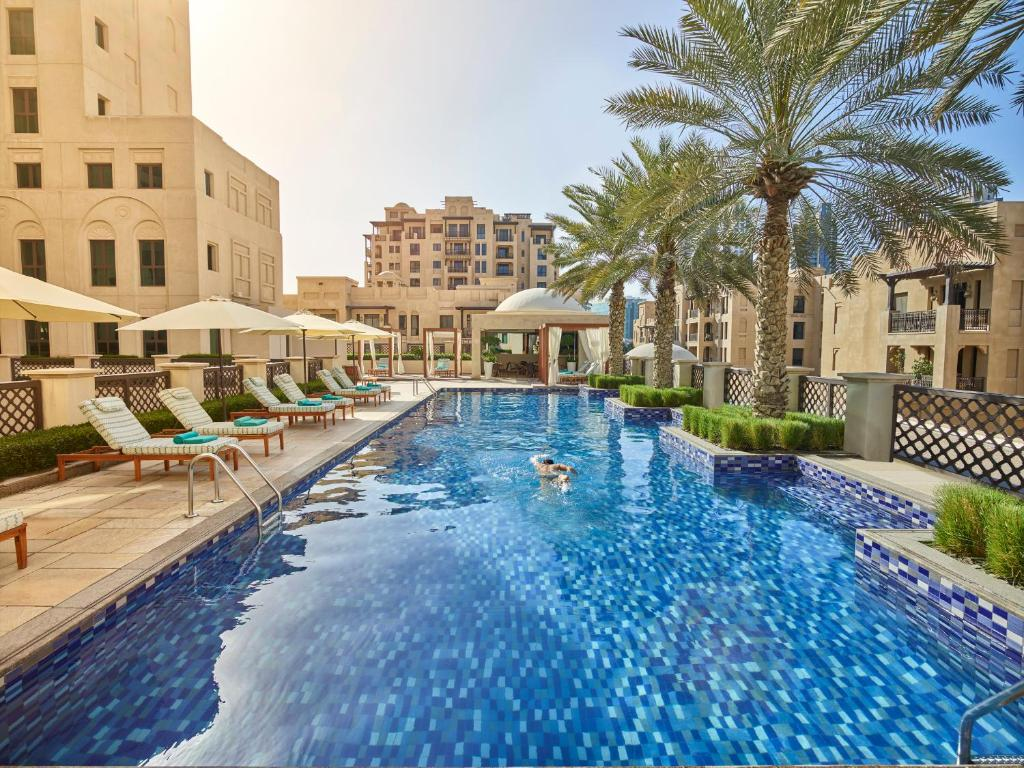 Hotel Manzil Downtown, Dubai, UAE - Booking.com