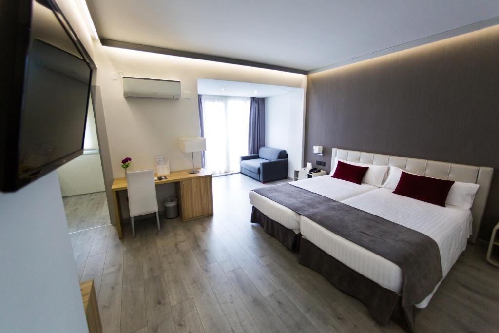 Gallery image of this property. Sweet Hotel Renasa  Valencia  Spain   Booking com