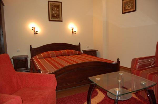 Хотел Hotel Rai - Трявна