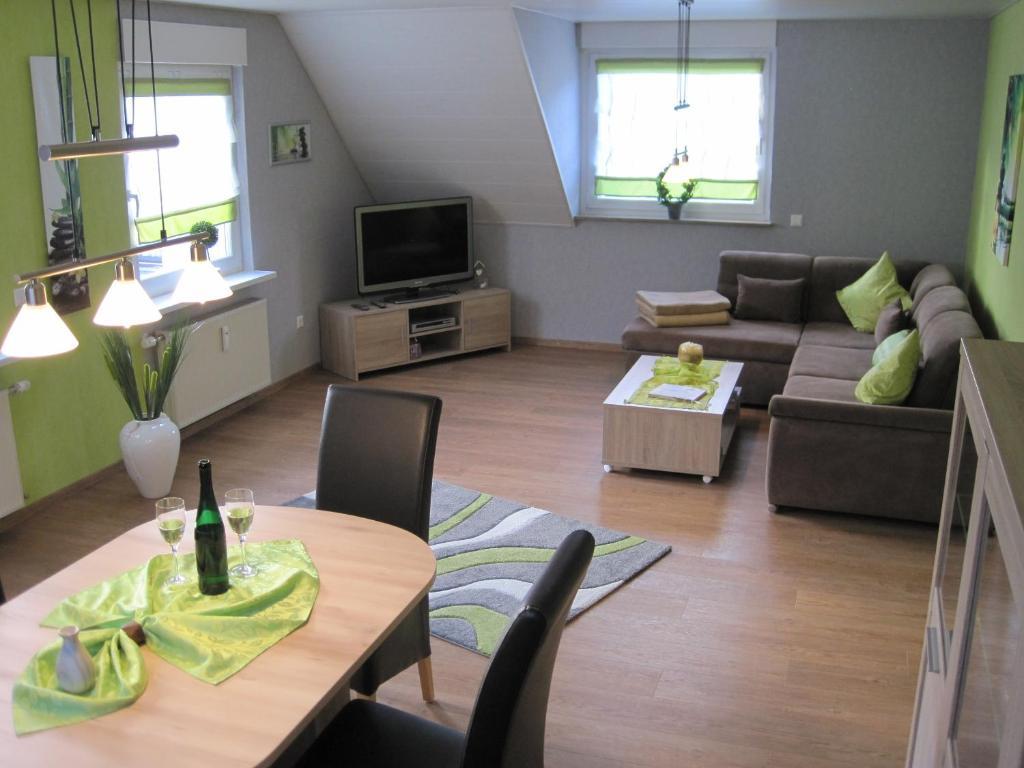 Apartment B&U Fewo Scherhag, Alken, Germany - Booking.com