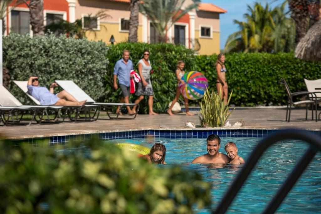 Dichtbijzijnd hotel : Gold Coast Aruba