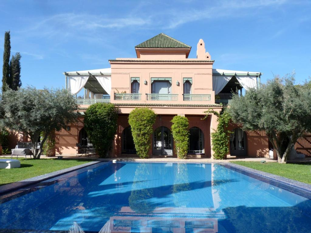 Villa palmeraie marrakech tarifs 2018 for Piscine de la riche