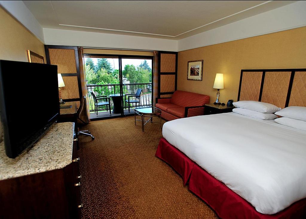Hotel Hilton Stockton Ca Bookingcom