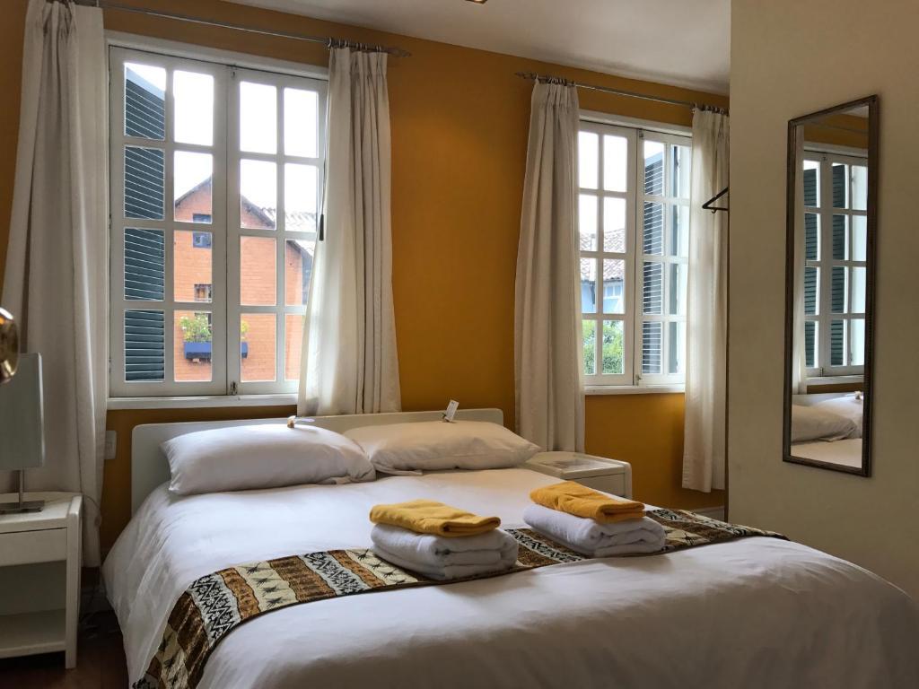 Hotel Cayman, Quito, Ecuador - Booking com