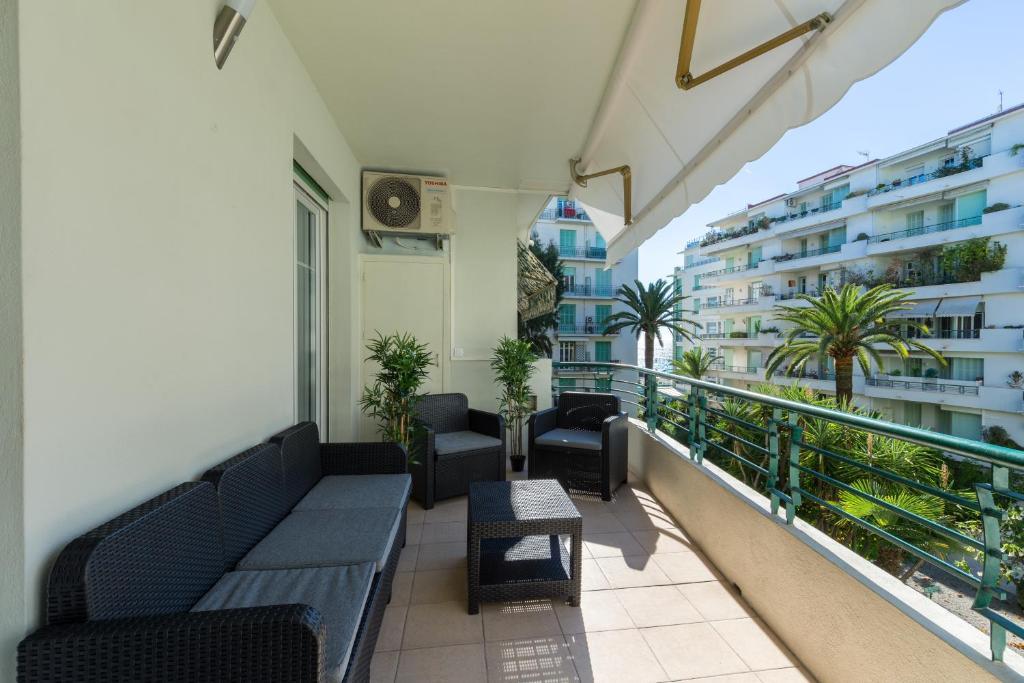 Apartment Nice Beach - Promenade Des Anglais, France ...