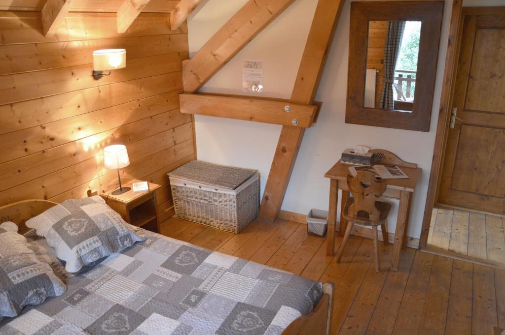 Bed and Breakfast Chambre d\'hôtes Les Pralets, Saint-Eustache ...