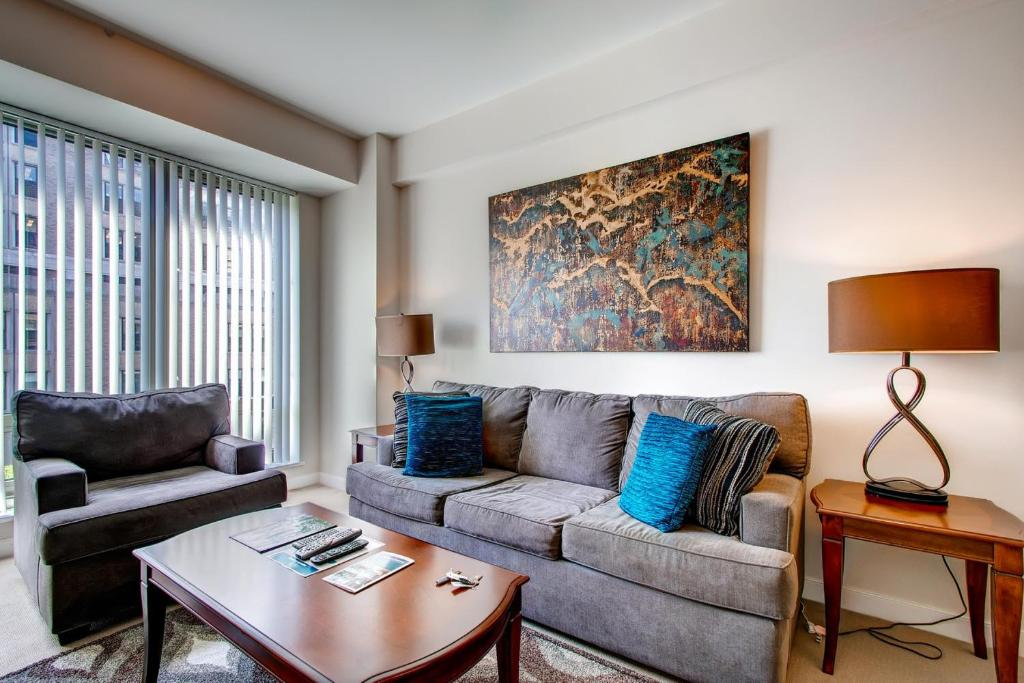 Apartment Global Luxury Suites At Friendship Chevy Chase MD - Chevy chase maryland apartments