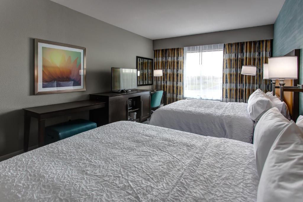 Hampton Inn Suites Wichita Airport Ks Wichita Updated 2019 Prices