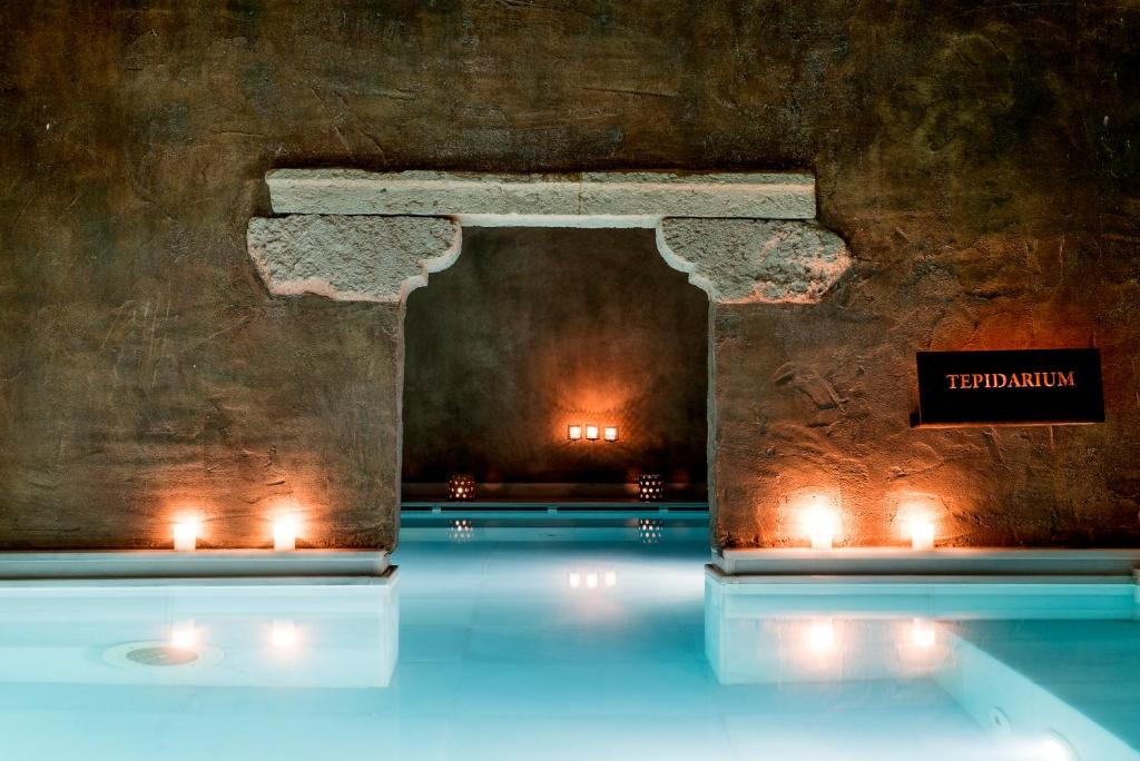 Aire Hotel & Ancient Baths 8