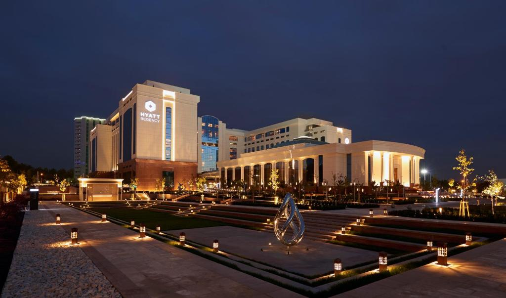 ハイアット リージェンシー タシケント(Hyatt Regency Tashkent)