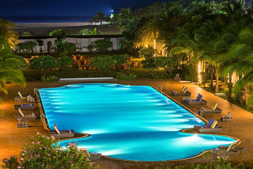 Chariot beach resort mahabalipuram india - Beach resort in chennai with swimming pool ...