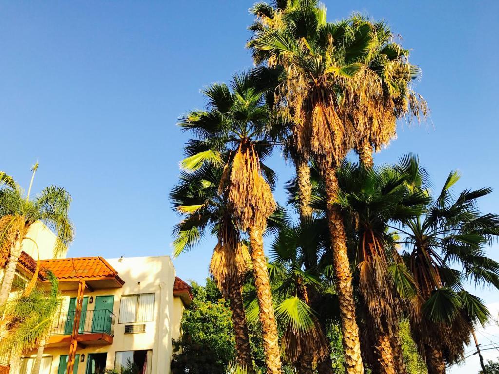 Ramada Anaheim West