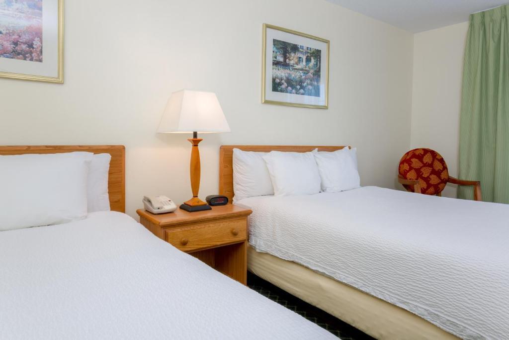Hotel Wingate by Wyndham Kansas City near, MO - Booking.com