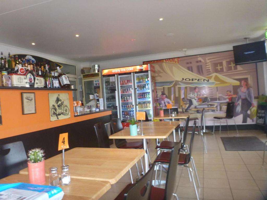 Sussex inlet pub