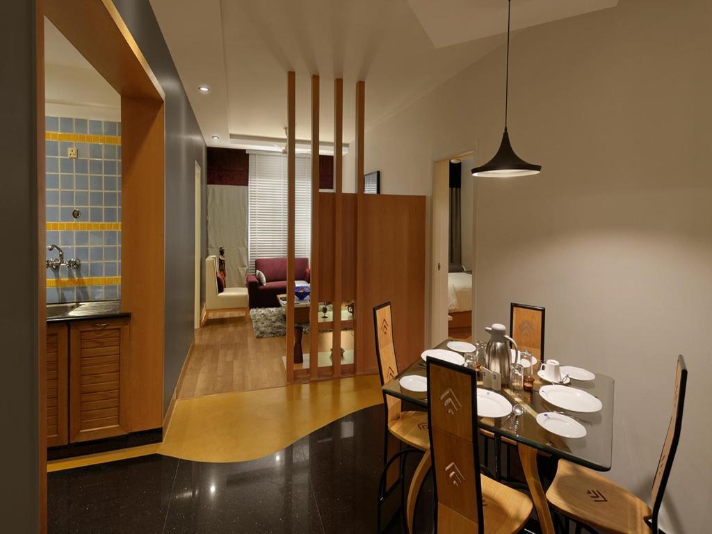 30 Photos Close Melange Luxury Serviced Apartments