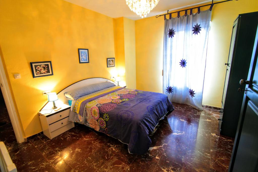 gran imagen de Apartamentos Turísticos La Fonda