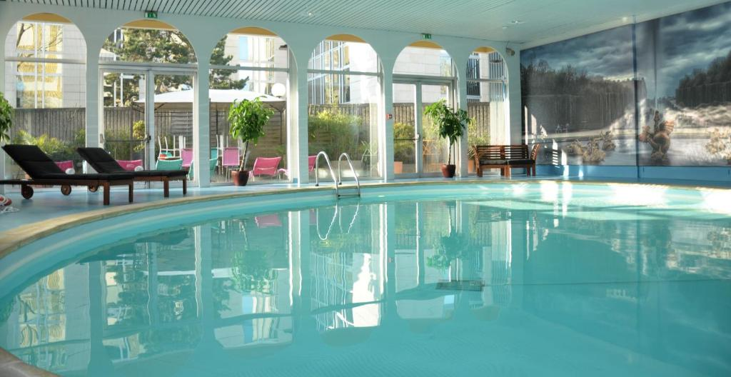 Hotel B And B Velizy