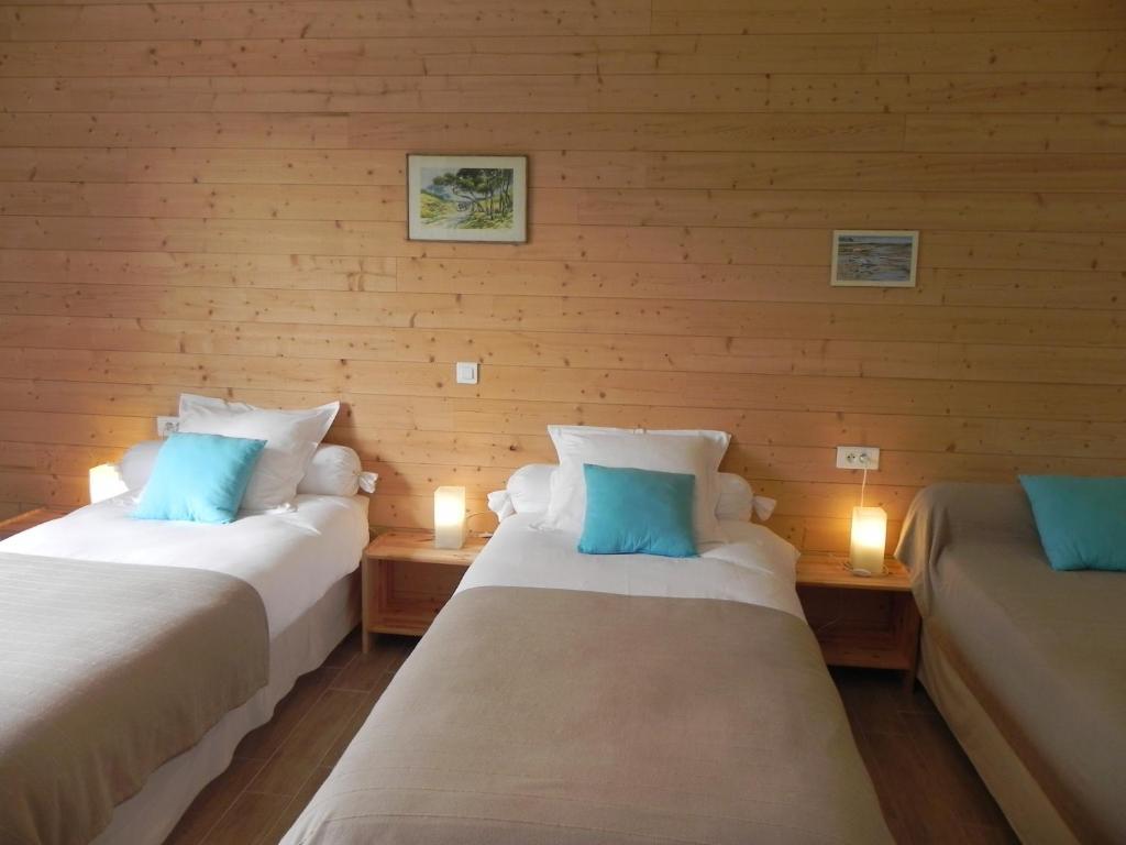 Bed And Breakfast Chambres D Hotes La Porte A Cote Saint Julien Des