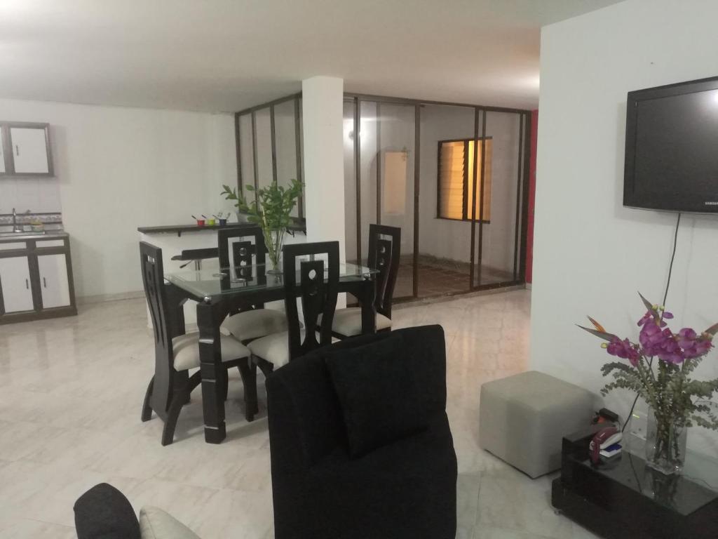 Your Apartment 20 Minutes To Poblado Itag Precios  # Muebles Medellin Itagui