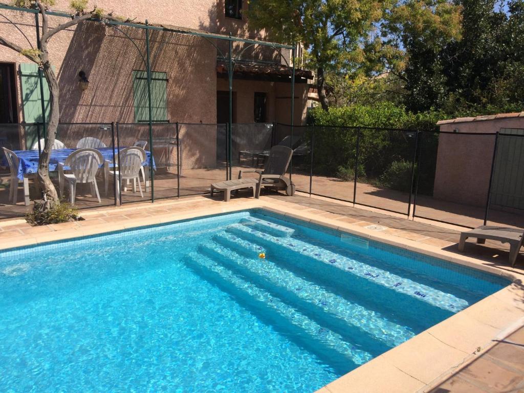Villa Maison provençale piscine et plages, Carqueiranne, France ...