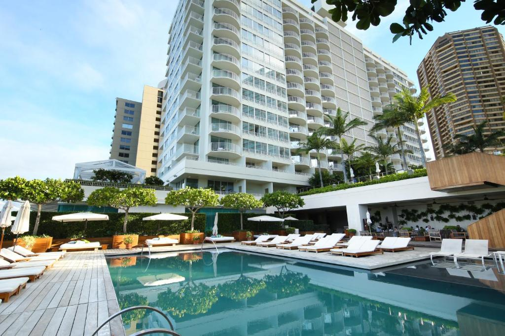 The modern hotel waikiki 2018 world 39 s best hotels for Modern hotel
