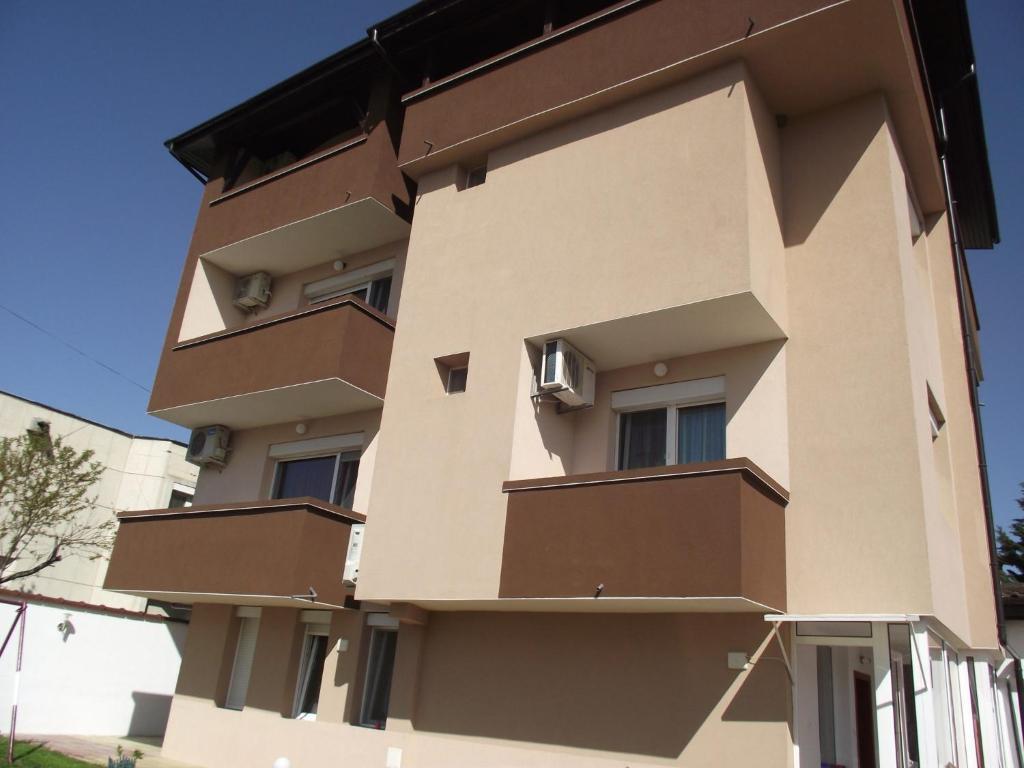 Къща за гости Rado's Hotel - Лозенец