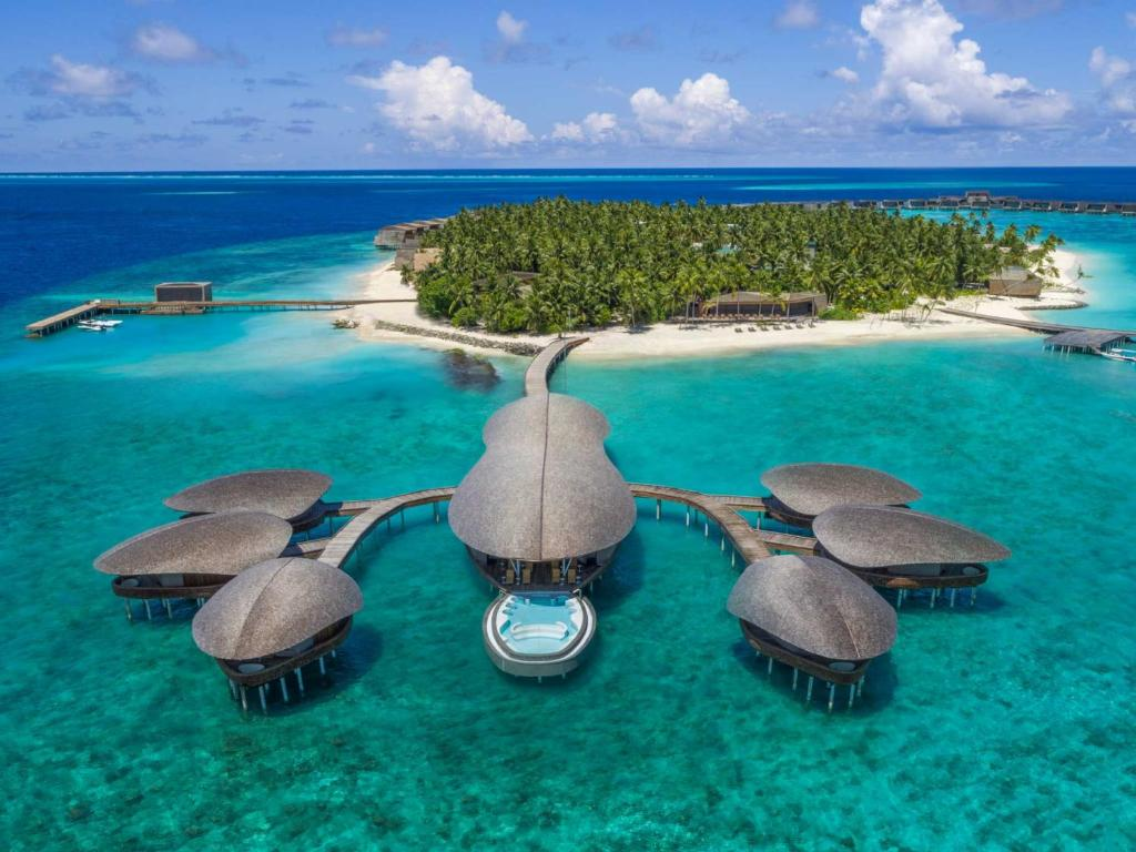 The St. Regis Maldives Vommuli Resor НАДВОДНЫЙ СПА