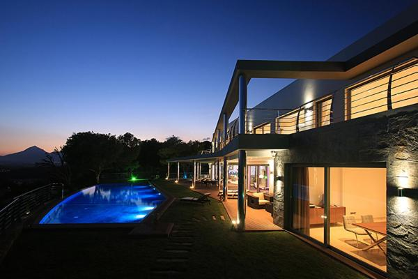 gran imagen de Luxury brand new villa on the first line from the sea