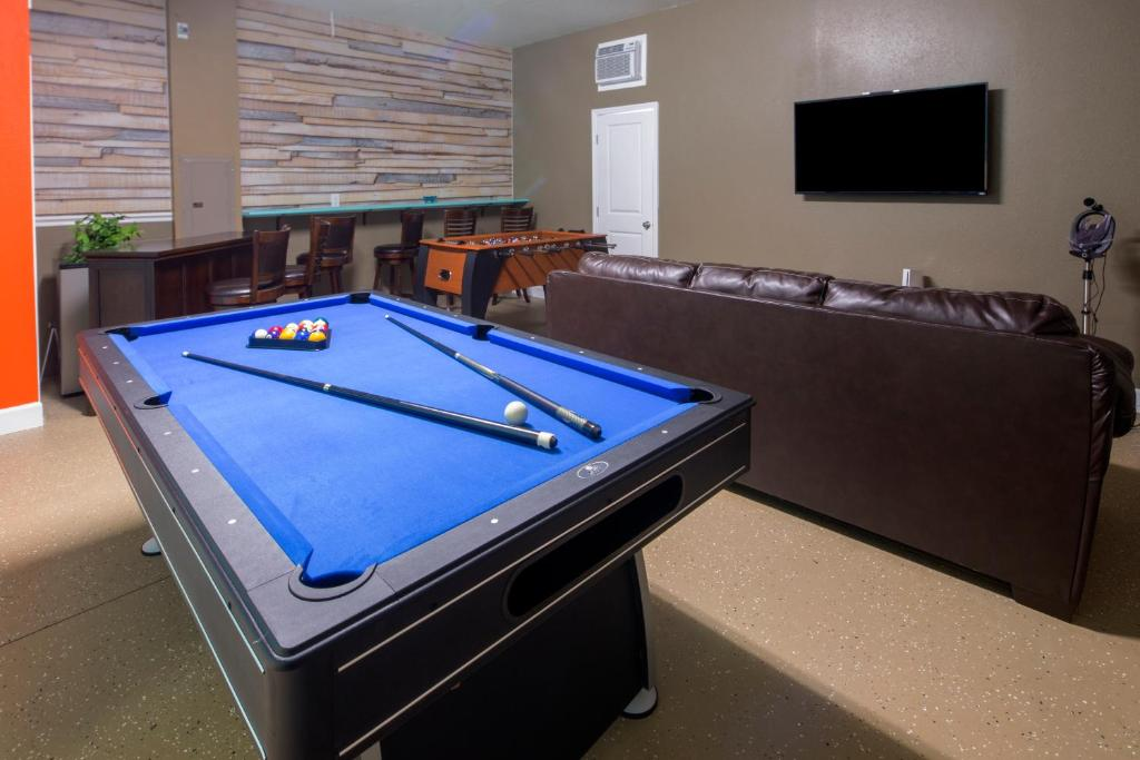 Vacation Home Rolling Fairway Championsgate FiveBedroom Pool Home - Rolling pool table