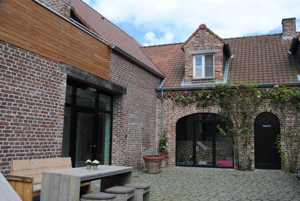 Douche Dorpel Bevestigen : Hotel de sjeiven dorpel belgië maaseik booking