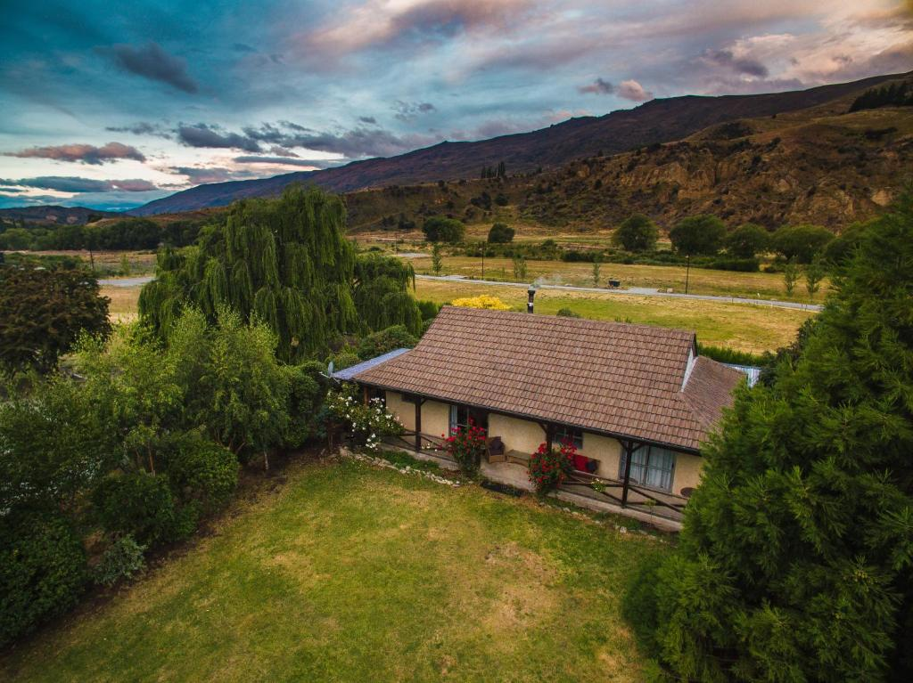 Cardrona Cottage New Zealand Booking