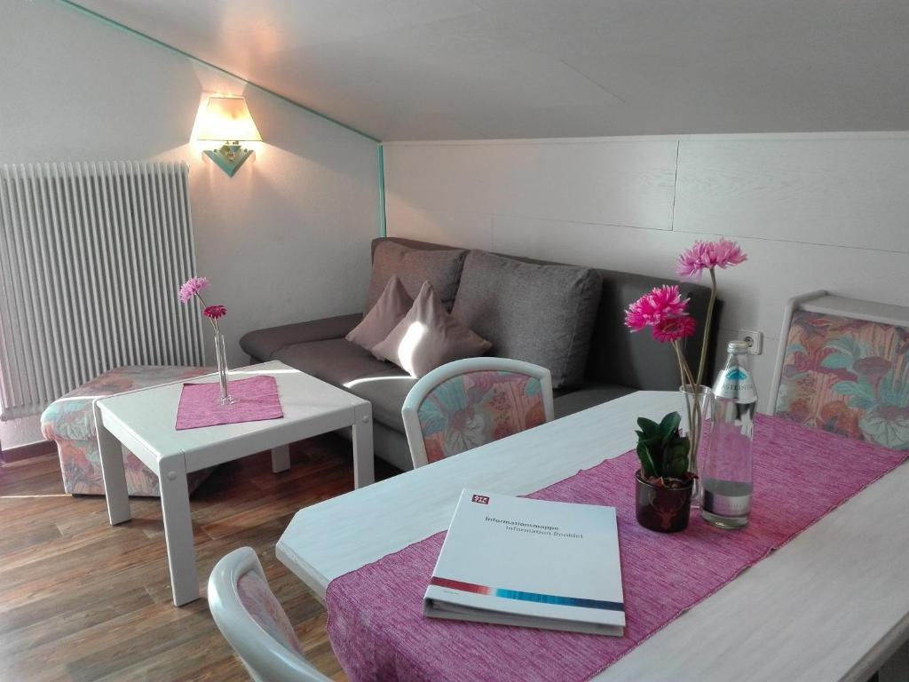 Apartment Haus Monika, Oetz, Austria - Booking.com
