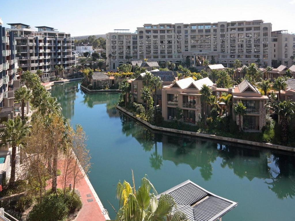 Apartment V Amp A Marina Waterfront Cape Town South Africa