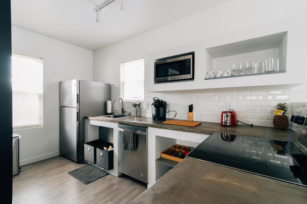 26 photosVacation Home blueWave place   3 BR house  Pennsauken  NJ  . Discount Kitchen Cabinets Pennsauken Nj. Home Design Ideas