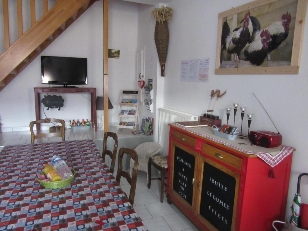 A kitchen or kitchenette at Gite La Grange à foin
