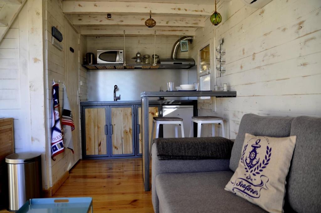 maison du monde saint jean de vedas autres photos with. Black Bedroom Furniture Sets. Home Design Ideas