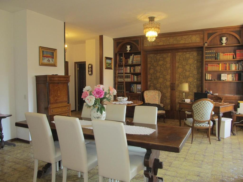 Bed and Breakfast Welcome to my house Milano, Italy - Booking.com Itali Very Modern House Plans Html on