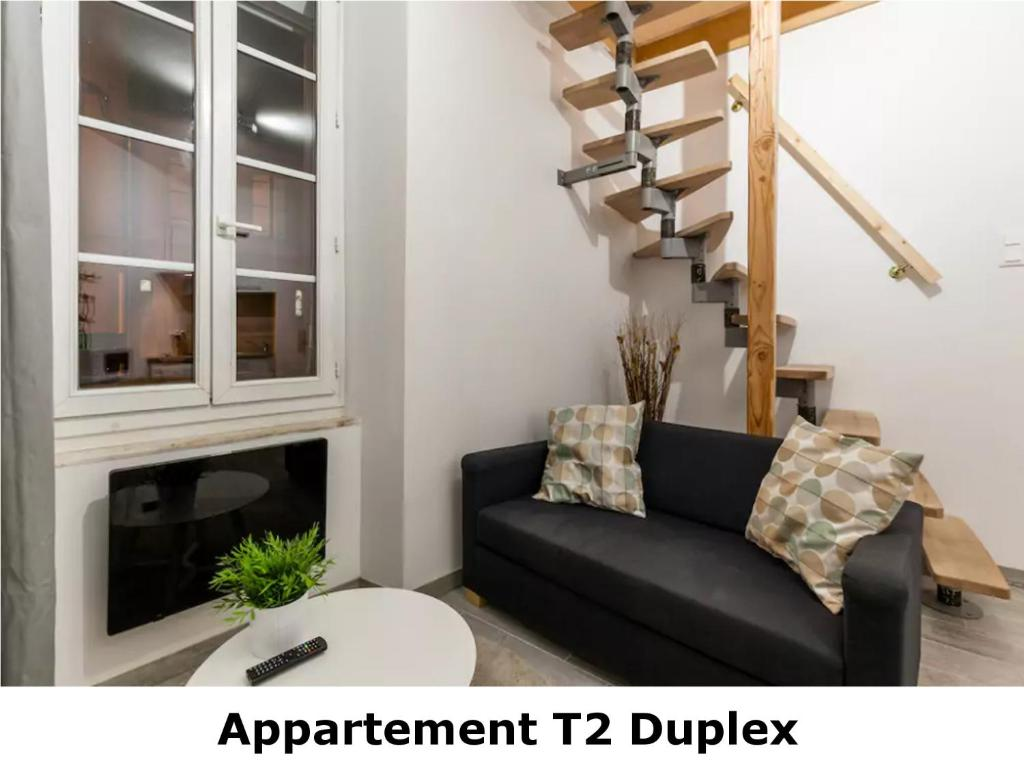 Appartement t2 duplex revel ceny aktualizov ny 2018 for Appartement design t2