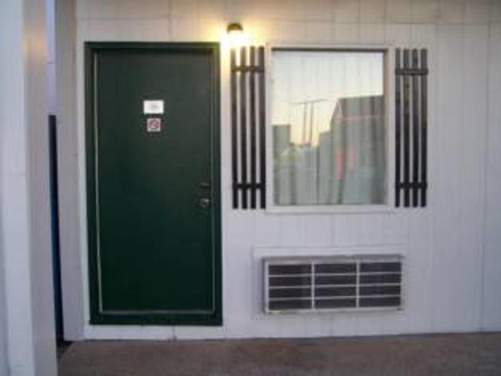 Gallery image of this property & Budget Deluxe Motel Rolla MO - Booking.com