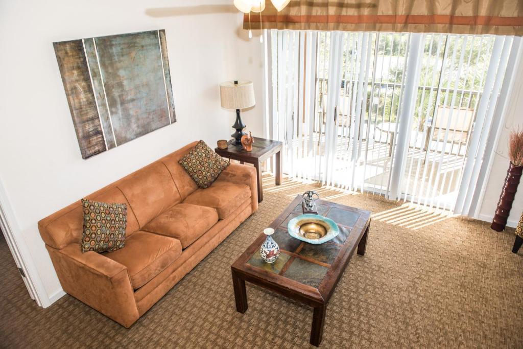 Deluxe 2 or 3 bedroom condo near disney orlando fl - 2 bedroom suites near disney world orlando ...