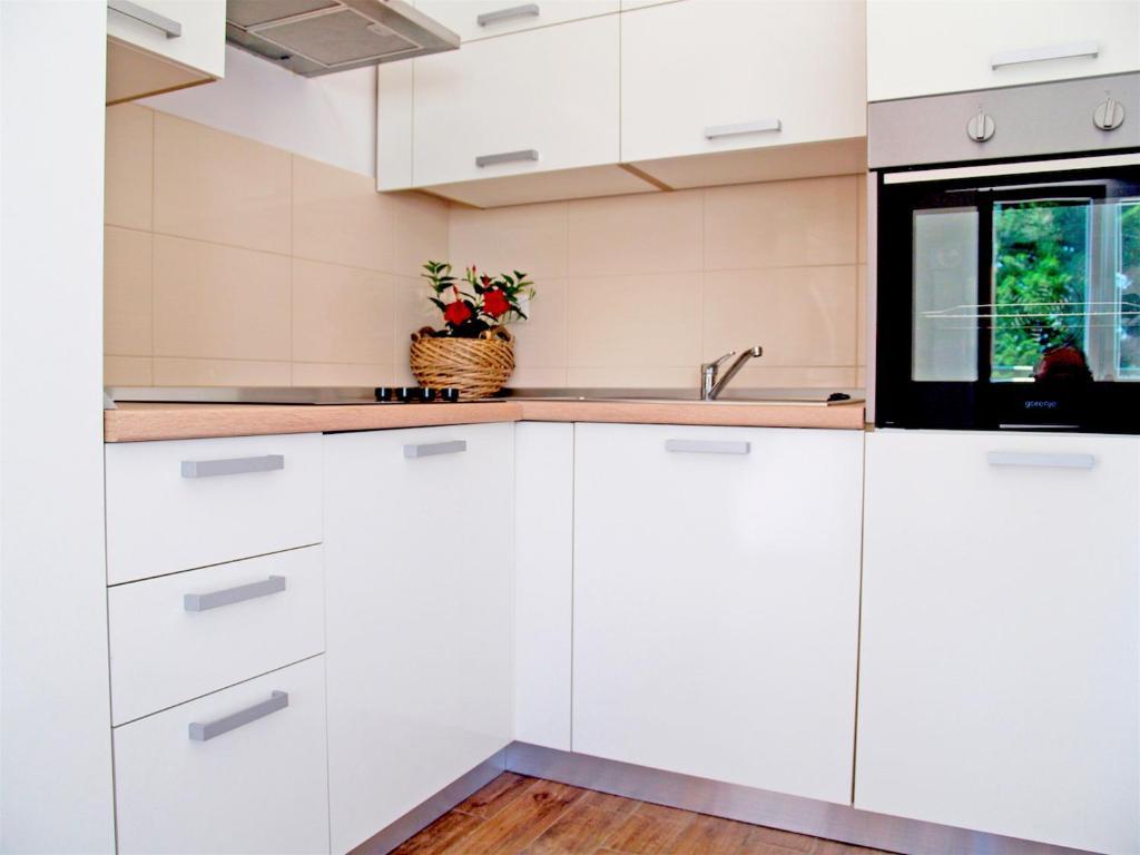 Apartment Sunrise, Ugljan, Croatia - Booking.com