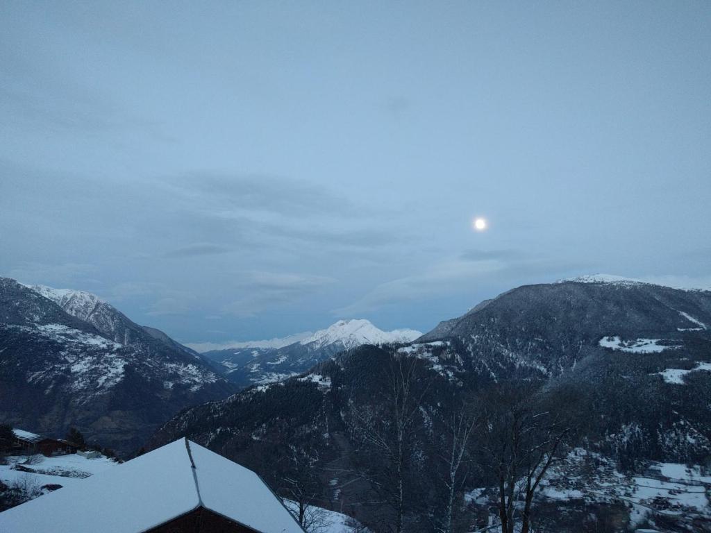 Wohnung in den bergen zeneggen switzerland for Designhotel in den bergen