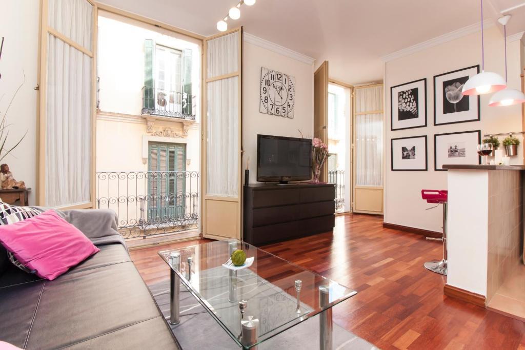 Elegant Apartment elegant apartment in the old town, malaga, spain - booking