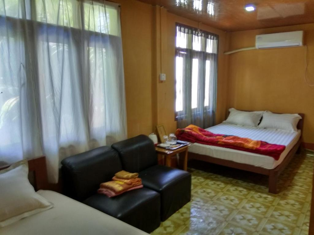 Golden Star Guest House