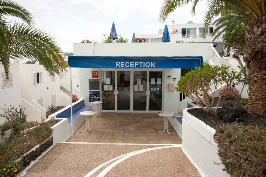Apartment san francisco 2 puerto del carmen spain - Car rental puerto del carmen ...