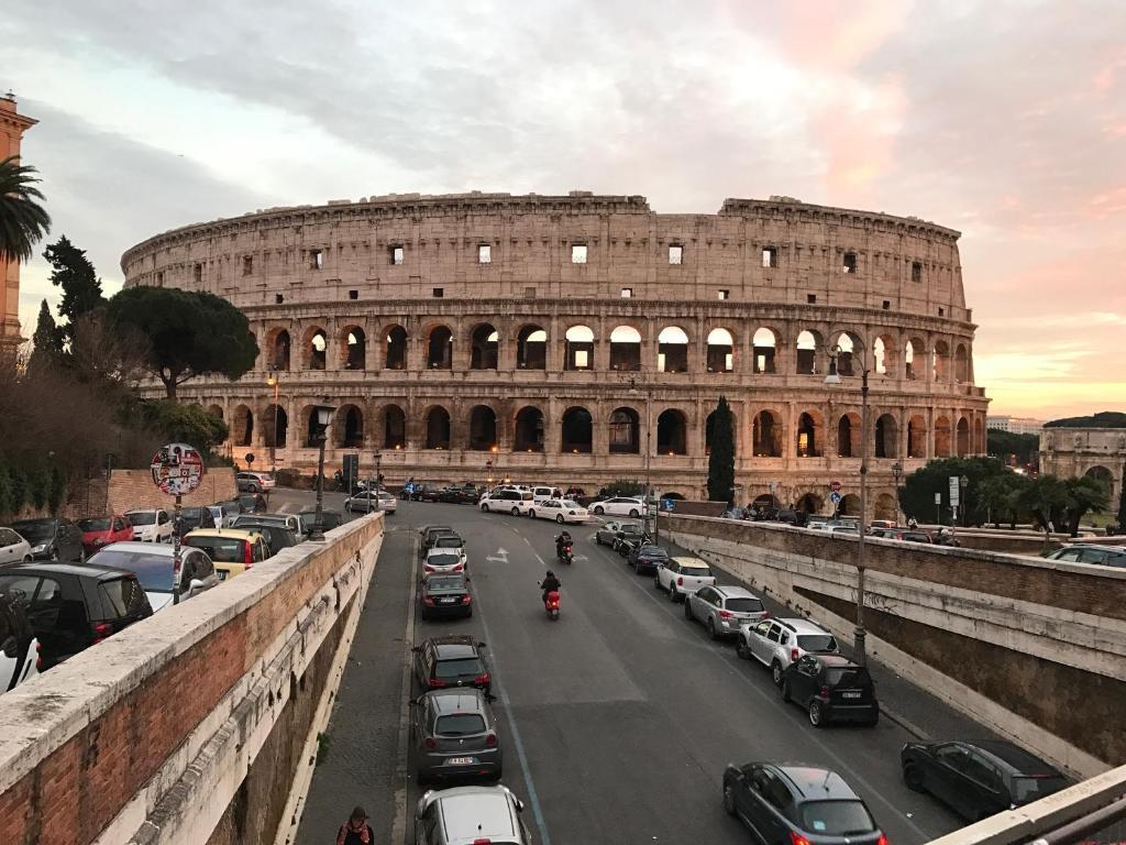 Apartment Polveriera Colosseum, Rome, Italy