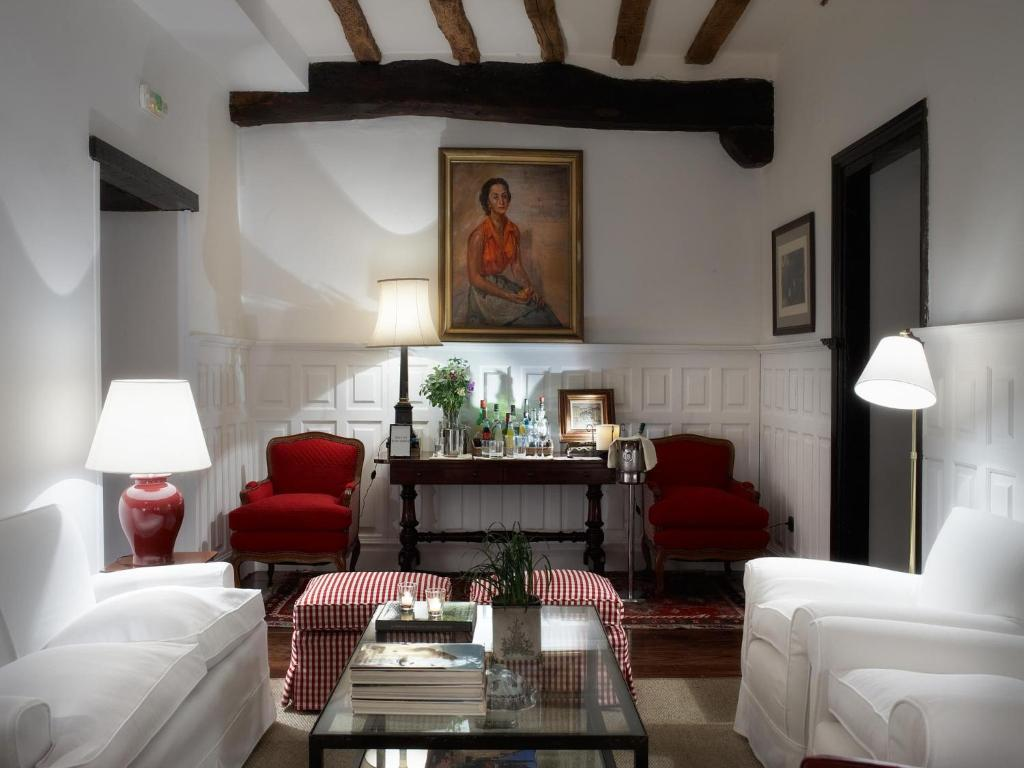 boutique hotels in navarre  66