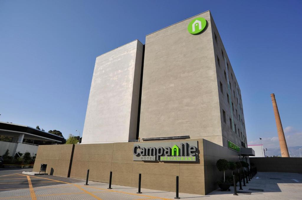 カンパニール マラガ エアポート(Campanile Málaga Airport)